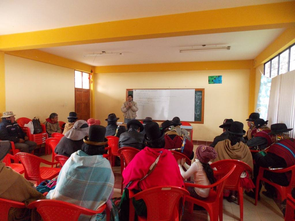 Training workshop with parents and representatives of the school's school board, for the creation of the Native Potato Seed Revolving Fund