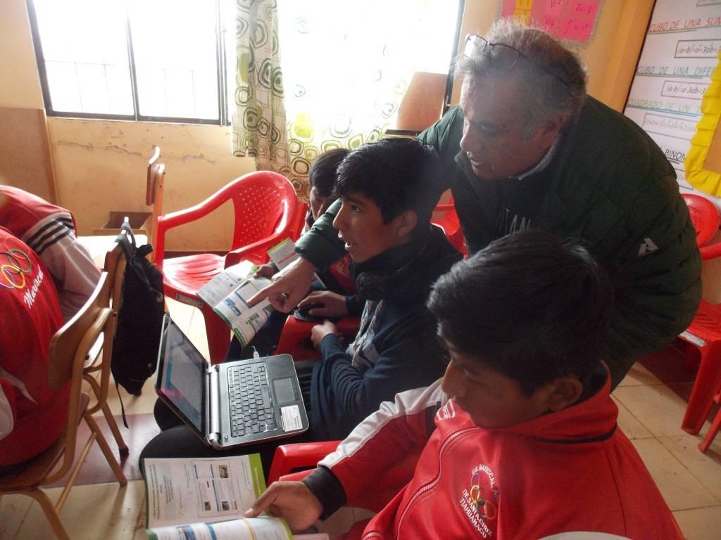 Sesión de capacitación a estudiantes para socialización del proyecto y orientación de acceso como nuevo usuario en la Plataforma Virtual de Diseminación (PVD), alojada en la página web www.cirnma.org